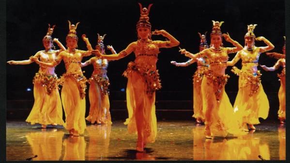 东方歌舞团2005最新力作